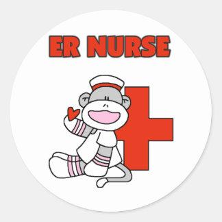 Camisetas y regalos de la enfermera del ER del Pegatina Redonda