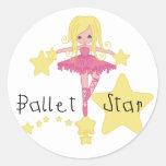 Camisetas y regalos de la estrella del ballet etiqueta redonda