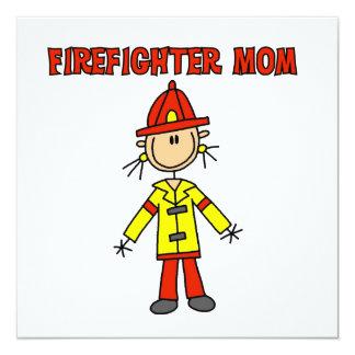 """Camisetas y regalos de la mamá del bombero invitación 5.25"""" x 5.25"""""""