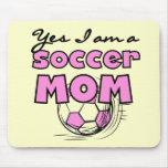 Camisetas y regalos de la mamá del fútbol alfombrillas de ratones
