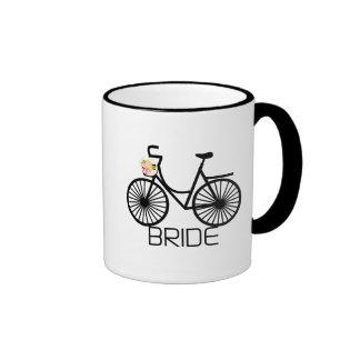Camisetas y regalos de la novia de la bicicleta taza