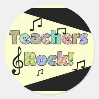Camisetas y regalos de la roca de los profesores pegatina redonda