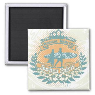 Camisetas y regalos del alcohol que practican surf imán cuadrado