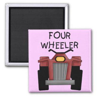 Camisetas y regalos del coche de cuatro ruedas imán cuadrado