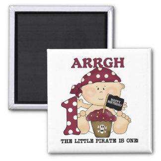 Camisetas y regalos del cumpleaños del pirata del iman para frigorífico