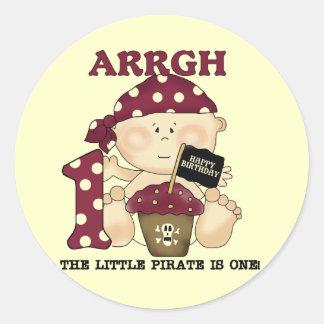 Camisetas y regalos del cumpleaños del pirata del etiquetas