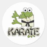 Camisetas y regalos del karate de la rana etiquetas redondas