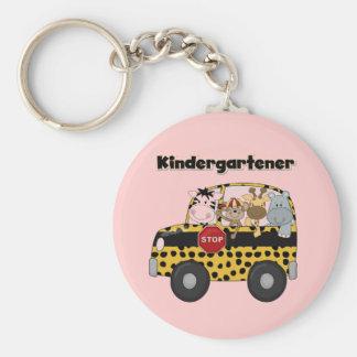 Camisetas y regalos del Kindergartener del autobús Llavero