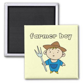 Camisetas y regalos del muchacho del granjero imán cuadrado