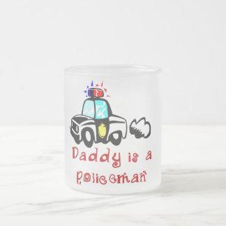 Camisetas y regalos del policía del papá del taza cristal mate