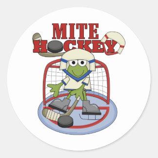 Camisetas y regalos del portero del hockey del pegatina redonda
