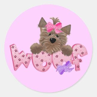 Camisetas y regalos del rosa del perro del tejido pegatina redonda