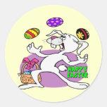 Camisetas y regalos divertidos del conejito de pas etiqueta redonda
