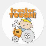 Camisetas y regalos duros del tractor pegatina redonda