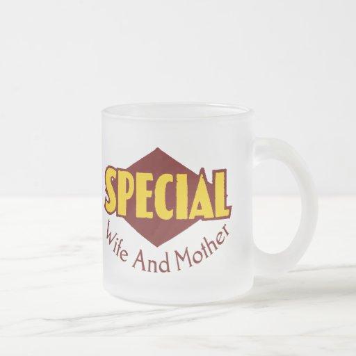 Camisetas y regalos especiales de la esposa para l taza cristal mate