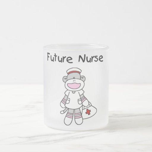 Camisetas y regalos futuros de la enfermera del taza de cristal