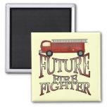 Camisetas y regalos futuros del bombero del coche  imán para frigorífico