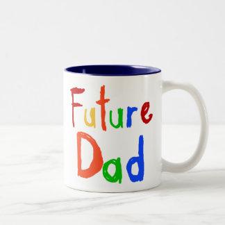 Camisetas y regalos futuros del papá del texto del taza