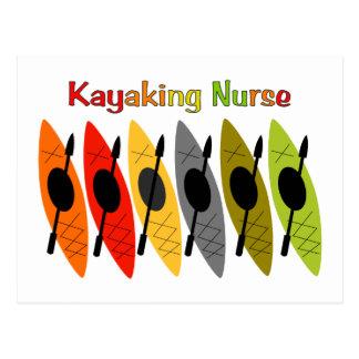 Camisetas y regalos Kayaking de la enfermera Tarjeta Postal