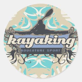 Camisetas y regalos Kayaking del deporte de la Etiqueta Redonda