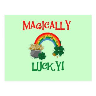 Camisetas y regalos mágico afortunados postal