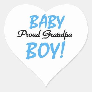 Camisetas y regalos orgullosos del bebé del abuelo pegatina en forma de corazón