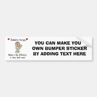 Camisetas y regalos pediátricos de las enfermeras  pegatina para auto