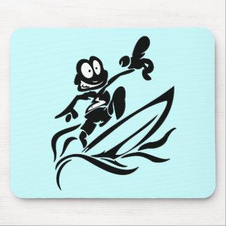 Camisetas y regalos que practican surf del tipo de alfombrillas de ratón