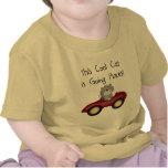 Camisetas y regalos rojos del coche de los lugares