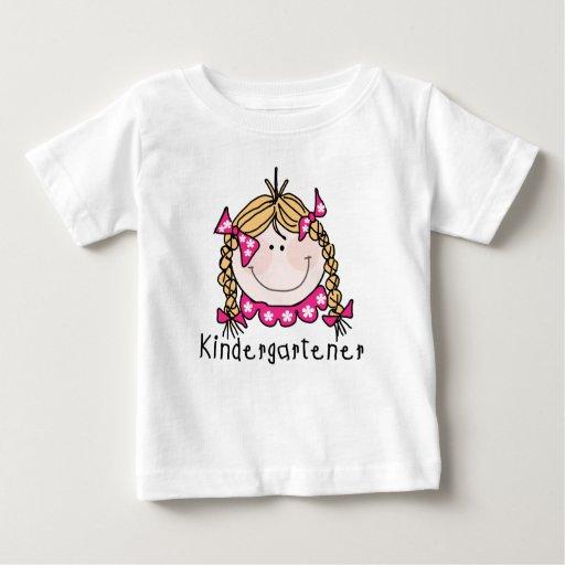 Camisetas y regalos rubios del Kindergartener del Playeras