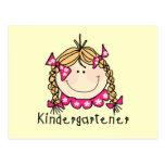 Camisetas y regalos rubios del Kindergartener del Postal