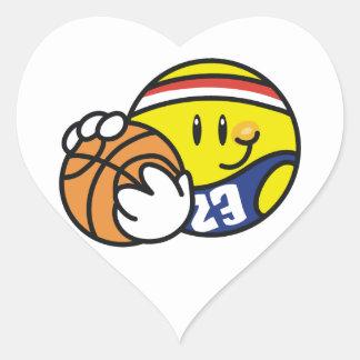 Camisetas y regalos sonrientes del baloncesto pegatina en forma de corazón