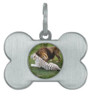 CamNzabu029 Pet ID Tag