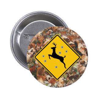 camo con el botón de la travesía de los ciervos pin redondo de 2 pulgadas
