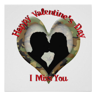 Camo Heart Kissing Couple - Valentine Miss You Poster
