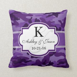 Camo púrpura violeta, boda del camuflaje cojín decorativo
