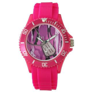 Camo rosado con las placas de identificación relojes de pulsera
