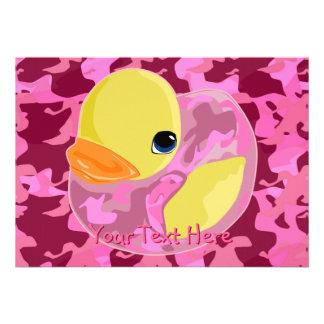 Camo rosado Ducky Invitación