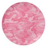 Camo rosado plato de comida