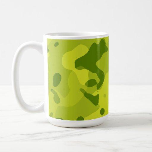 Camo verde ácido; Camuflaje Taza Básica Blanca