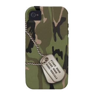 Camo verde militar con la placa de identificación Case-Mate iPhone 4 funda