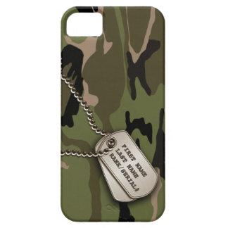 Camo verde militar con la placa de identificación iPhone 5 carcasa