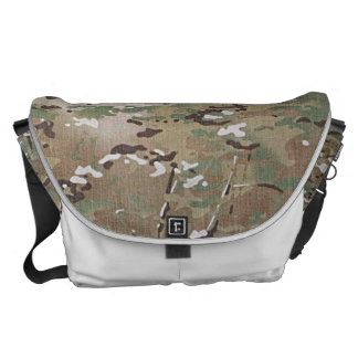 CAMO WOODLAND FADED COURIER BAG