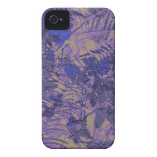 Camouflage against blue flower iPhone 4 case