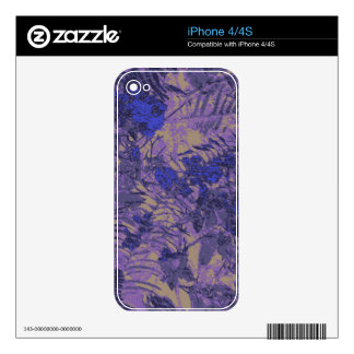 Camouflage against blue flower decals for the iPhone 4S