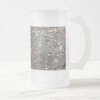 Camouflage Deer in fall leaves Frosted Glass Beer Mug