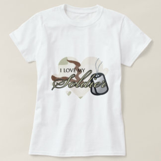 """Camouflage Heart """"I love my Soldier"""" T-Shirt"""