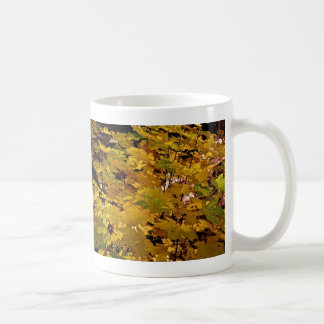 CAMOUFLAGE WITH LEAVES IN LATE FALL COFFEE MUG