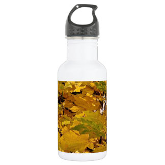 CAMOUFLAGE WITH LEAVES IN LATE FALL WATER BOTTLE