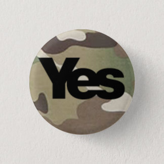 Camouflage Yes Badge Button